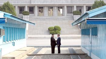 Mit mondott a két Korea feje a történelmi határátlépésnél?