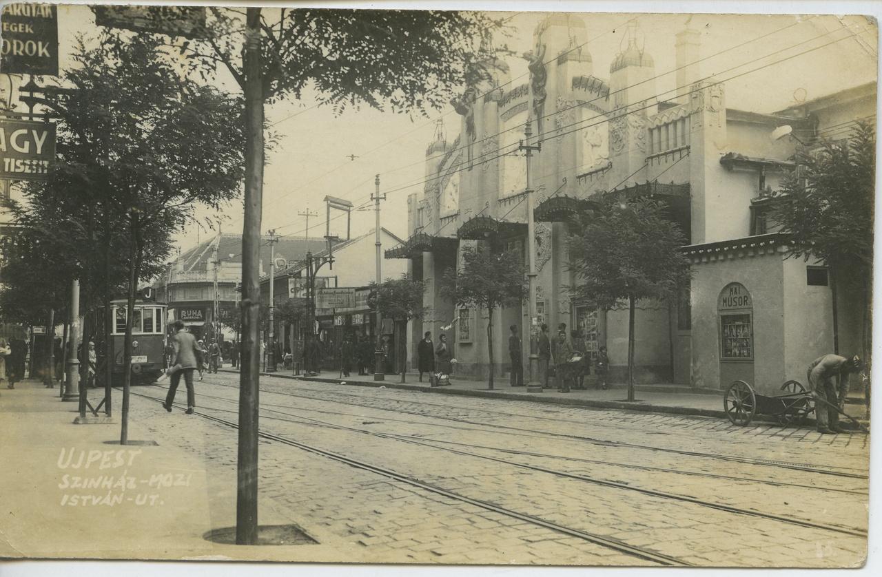 1905-ös megnyitása után színházi és filmelőadásokra felváltva használták az újpesti István úton az Éden Színházat, amelyben a legnevesebb színészek is megfordultak egy-egy vendégjáték erejéig. Az épület azonban messze esett a frekventált belvárostól, így igazgatói folyamatos anyagi gondokkal küzdöttek. Problémát jelentett az is, hogy maga az épület nem túlságosan jó alapanyagból készült, így állaga folyamatosan romlott, renoválásra szorult. 1929-ben annyira rossz állapotban volt már, hogy meg is vonták a játszási engedélyt a színháztól, melynek igazgatója azonban még egy ideig évről-évre kiharcolta az ideiglenes engedélyt. 1939-ben aztán végleg bezárták és nem sokkal a háború után le is bontották, mert rendbehozatala akkor már végérvényesen reménytelennek tűnt.