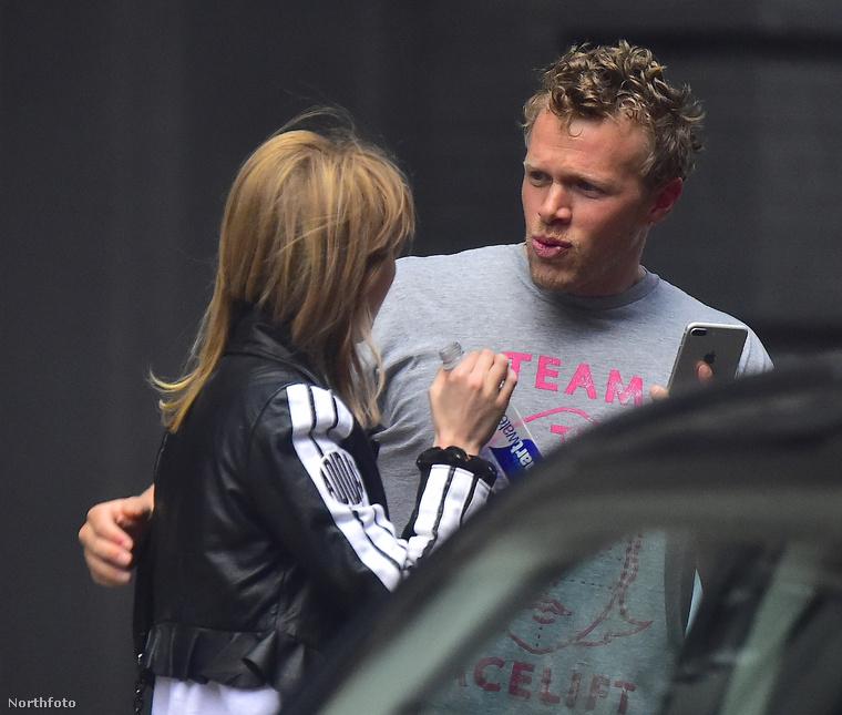 A Hollywood Life információi szerint lett is hatalmas balé a McClard hazáspárnál miután  Emily Ratajkowski meglátta a képeket