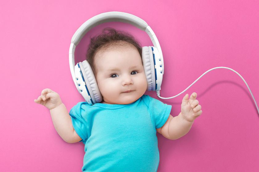 Ha zenét hall, szellemileg fejlődik a baba: a Mozart-hatásról