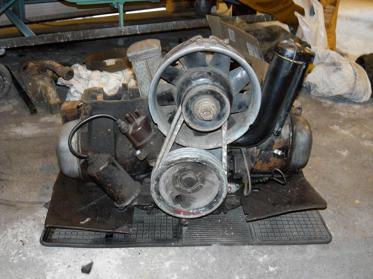 A motor szétszedés előtt