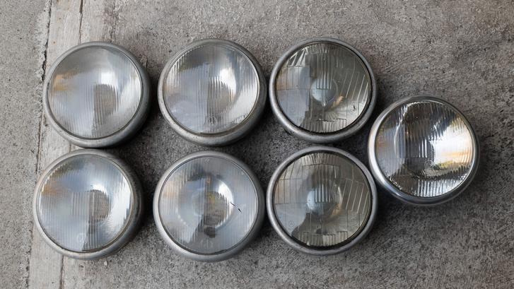 Néhány a fényszóróim közül