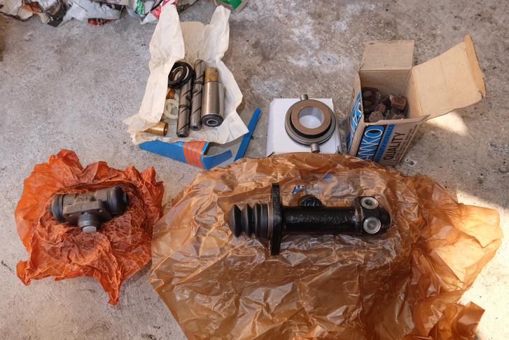 Elő futómű- és fékfelújító készletek