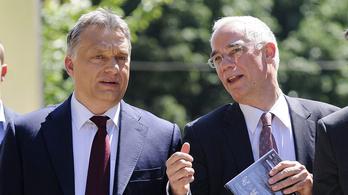A keresztény értelmiség keményen kiosztotta Orbán politikáját