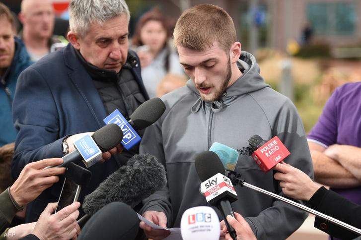 Alfie Evans édesapja nyilatkozik a sajtónak 2018 április 26-án