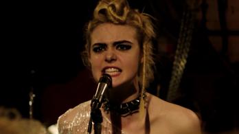 Dögös punklányért rajong Nicole Kidman