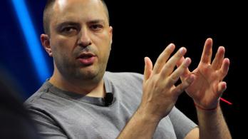 A WhatsApp igazgatója kilép a Facebookból az adatbotrány után