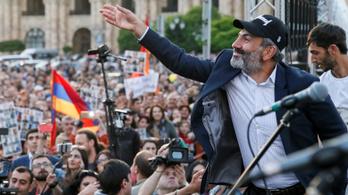 Örményországban jöhet a politikai cunami