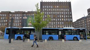 Két Facebook-bejegyzés, ami tökéletesen megmagyarázza, miért szív a főváros évek óta a buszokkal