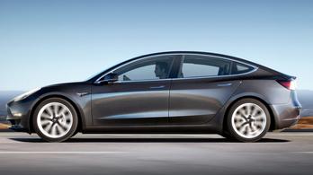 Pályamód készül a Tesla Model 3-hoz