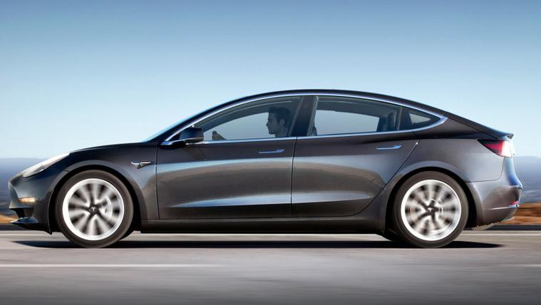 A Tesla 1,7 milliót veszít, percenként?