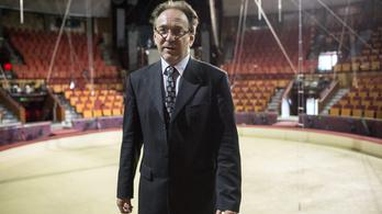 Egy cirkuszigazgató bűvész lehet a kulturális államtitkár