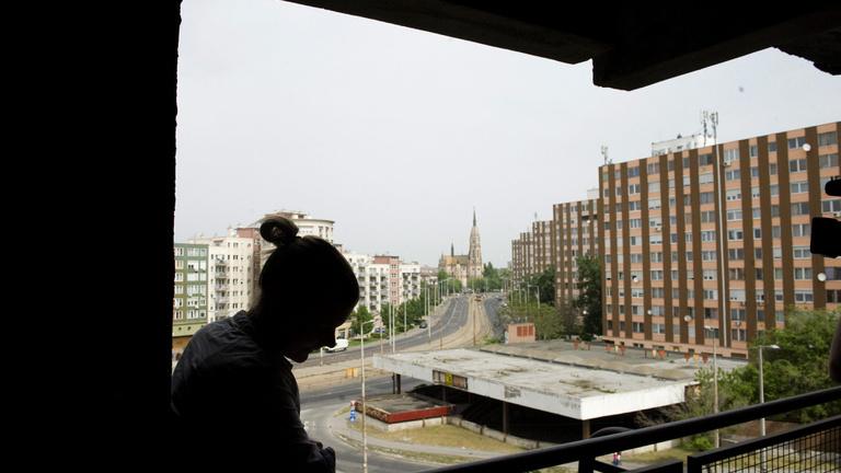 Nincs vége a lakáskálváriának: tízezreket fenyeget a kilakoltatás