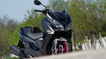 Teszt: Suzuki Burgman 400 - 2018.