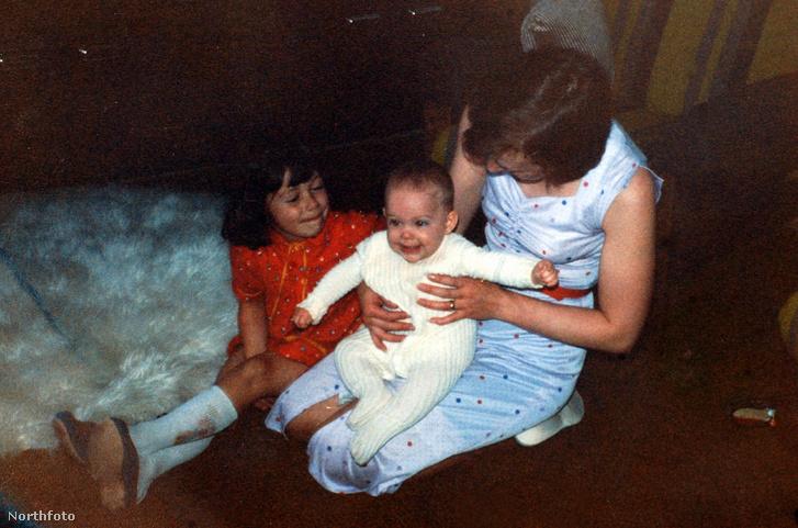 Katrice Lee eltűnése előtt egy családi fotón