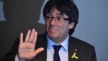 Annyira újra akarják választani a katalán elnököt, hogy törvényt módosítottak miatta