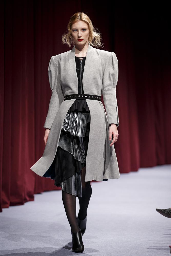 A Cukovy darabjai a német polgári, a székely nemesi valamint a magyar paraszti ruhák meghatározó stílusjegyeit hordozzák magukon.