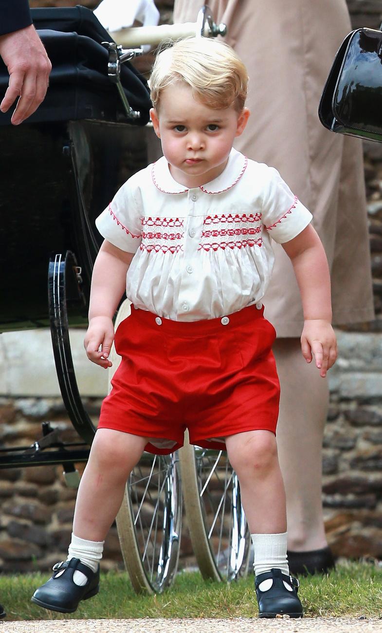 Addigra már György herceg is sokat aranyosodott.