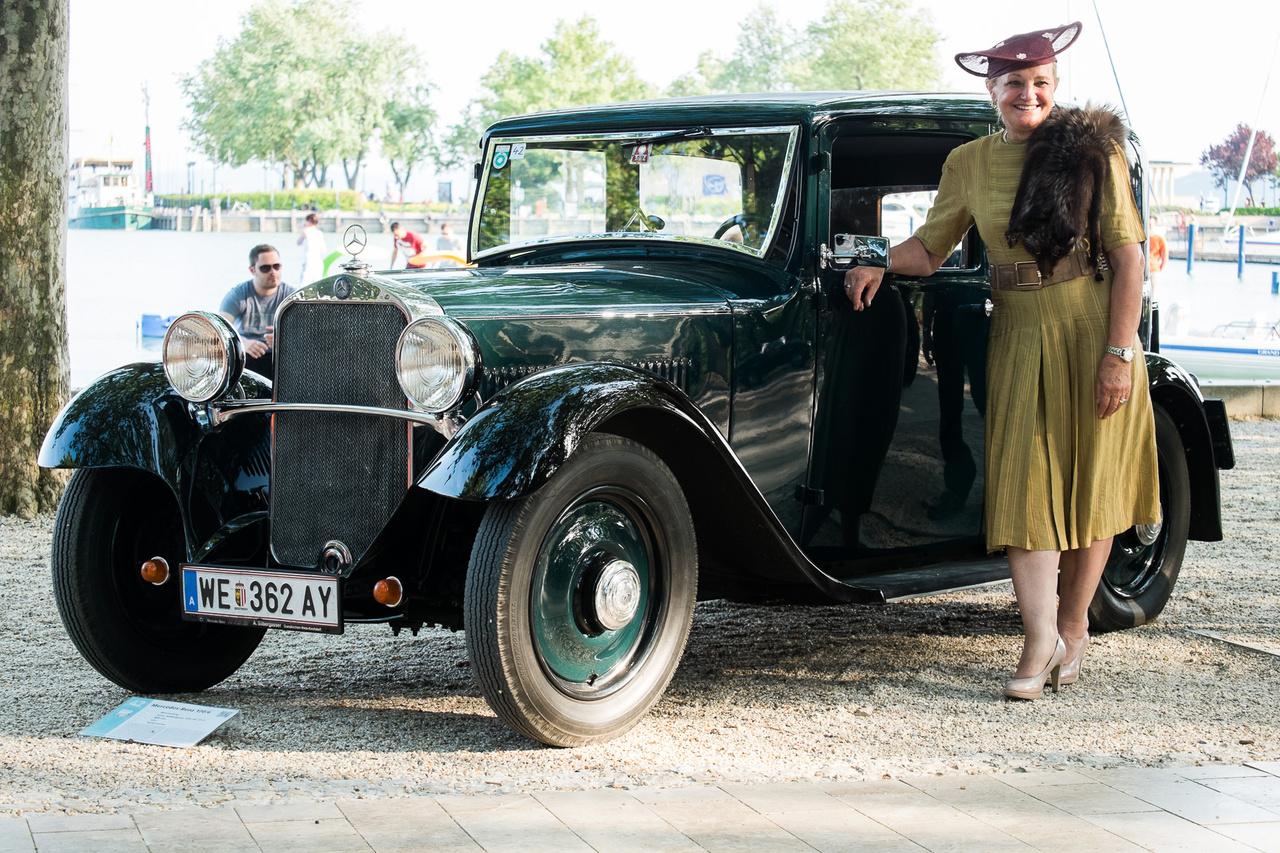 Mercedes-Benz 170, de nem az a 170-es, ahogy mi ismerjük, négyhengeres motorral, döntött maszkkal, acélkarosszériával meg minden. Nem, ez a korábbi, 170/6 modell a harmincas évek első feléből, amelyet még hathengeres motor hajtott, karosszériájában sok volt a fa, ráadásul az első, igazán olcsónak szánt Mercedes volt.