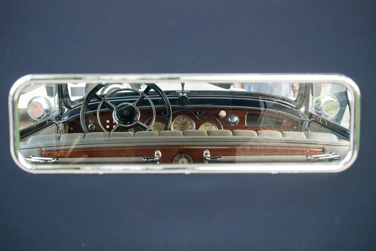 Betekintés a Horch 750-esbe, amely mellesleg a férfinézők szavazatai szerinti közönségdíjas autó lett a Concours-on.