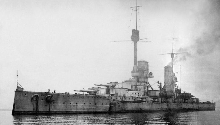 Például a képen látható, az I. világháború után elsüllyesztett német SMS Kronprinz Wilhelm is LBS lelőhellyé vált a II. világháború után