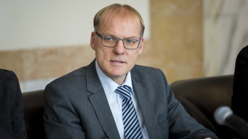Elmagyarázta a Kúria elnöke a levélszavazatos döntésüket