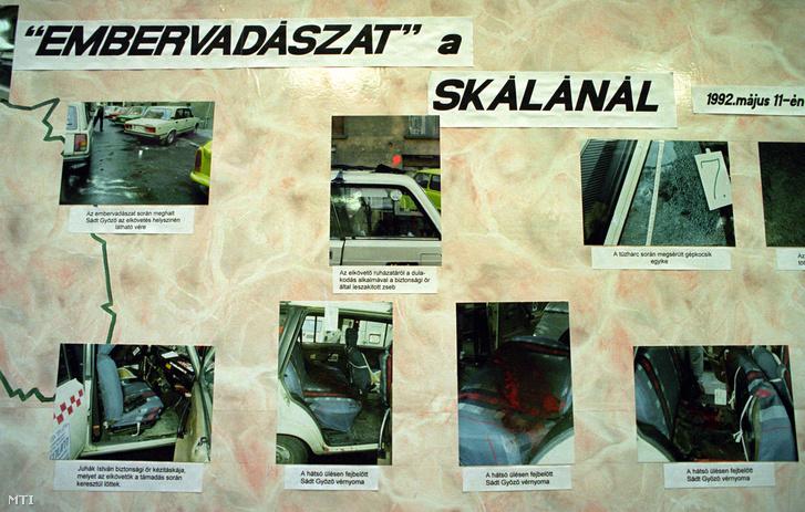 Budapest, 1994. június 20. Rendőrségi fotók a budai Skála Áruháznál történt gyilkosság helyszínéről az Országos Rendőr-főkapitányság épületében tartott sajtótájékoztatón, ahol Bene László és Donászi Aladár gyilkosság- és fegyveres rablás-sorozatának vizsgálati eredményeiről számoltak be.