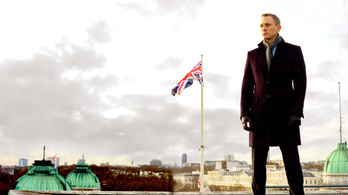 Nyilvánosak a sztárgázsik, Daniel Craig vezet az új Bond-filmmel