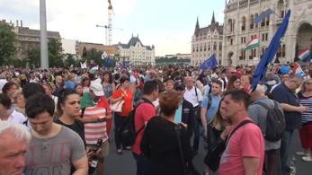 Orbán nem keresztény, és nem demokrata