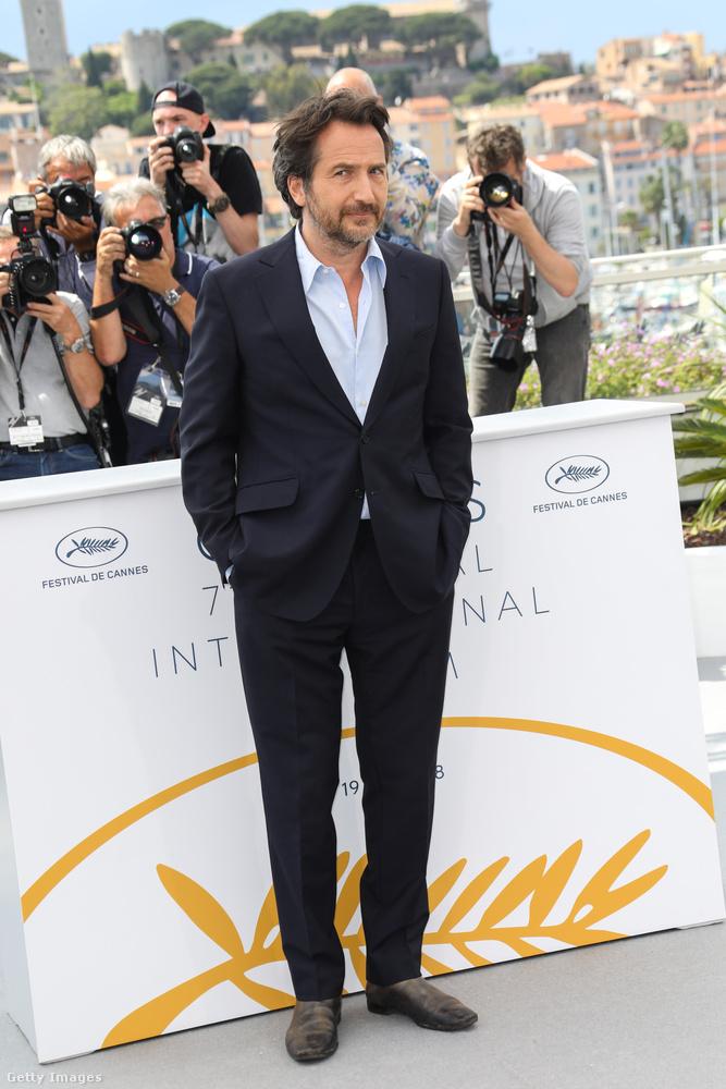 Egy gyanakvó pillantás Edouard Baer, francia színésztől.