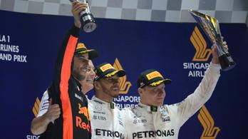 A Mercinél boldogok a két feleséggel, nem kell Ricciardo