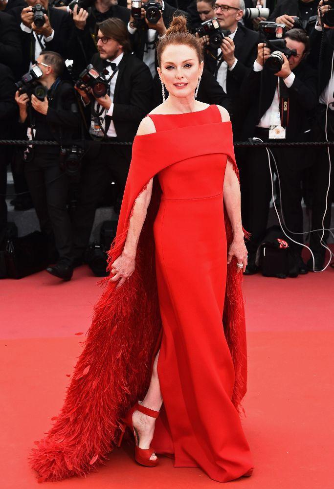 Julianne Moore királynőként ragyogott a filmfesztivál megnyitóján.