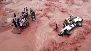 Átszakadt egy gát Kenyában, óriási pusztítást végzett