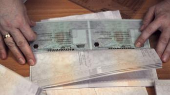 Az USA súlyos biztonsági rést fedezett fel a magyar útlevelek kiadásában