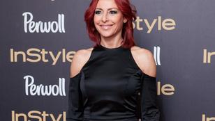 Instahíradó: Erős Antónia még pirosabb hajszínre váltott
