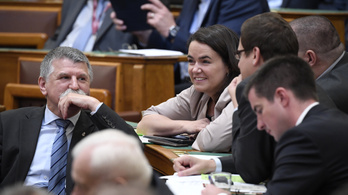 Ezzel a tíz minisztériummal alakul meg az új, gyors reagálású kormány