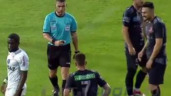 Hatalmas kópé volt az erdélyi bíró a Román Kupa-meccsen