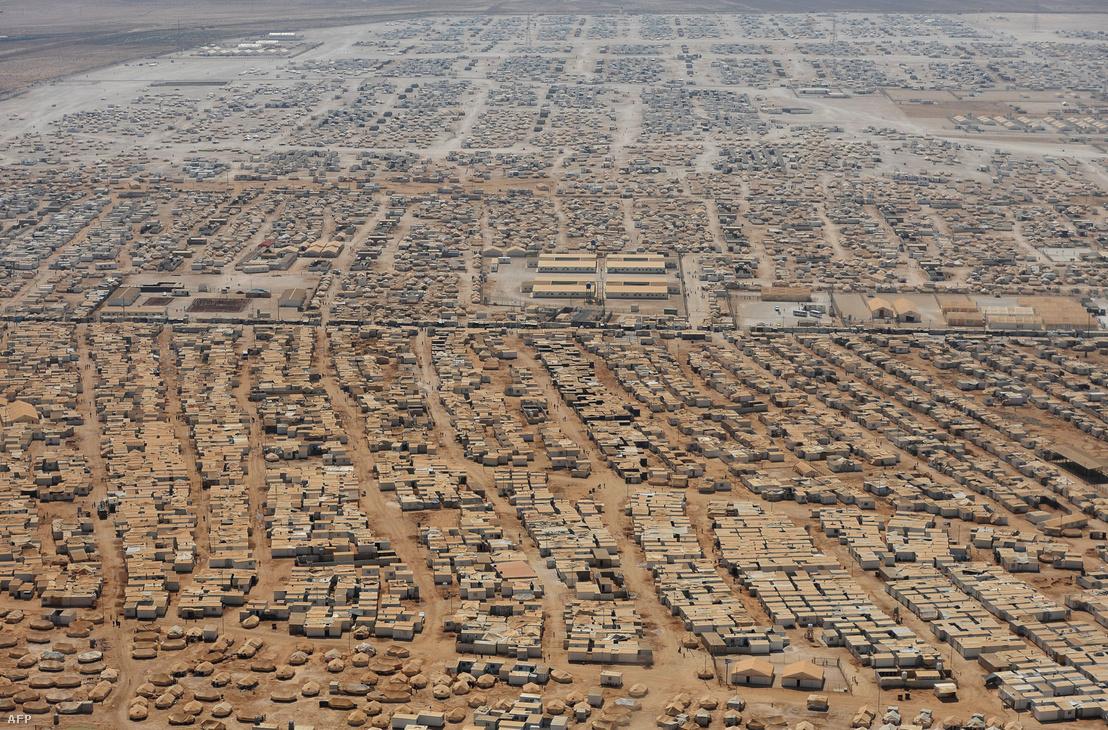 Az al-Zaatari menekülttáborban 80.000 ember él