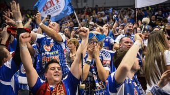 4 gól előnyt visz a Szeged a veszprémi visszavágóra