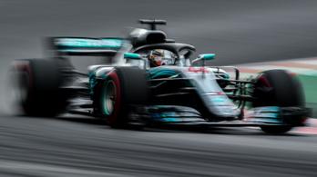 Hamilton pályacsúccsal vitte a spanyol időmérőt