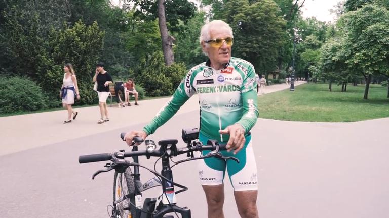 Veterán versenyzővel próbáltuk ki az egymilliós biciklit