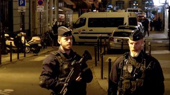 21 éves csecsenföldi születésű fiatal volt a párizsi késes merénylő