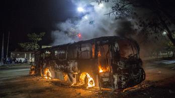 Éppen hogy ki tudott menekülni a lázongó Nicaraguából egy magyar csoport