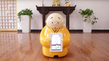 Bölcsebbé teszik a pekingi robotszerzetest