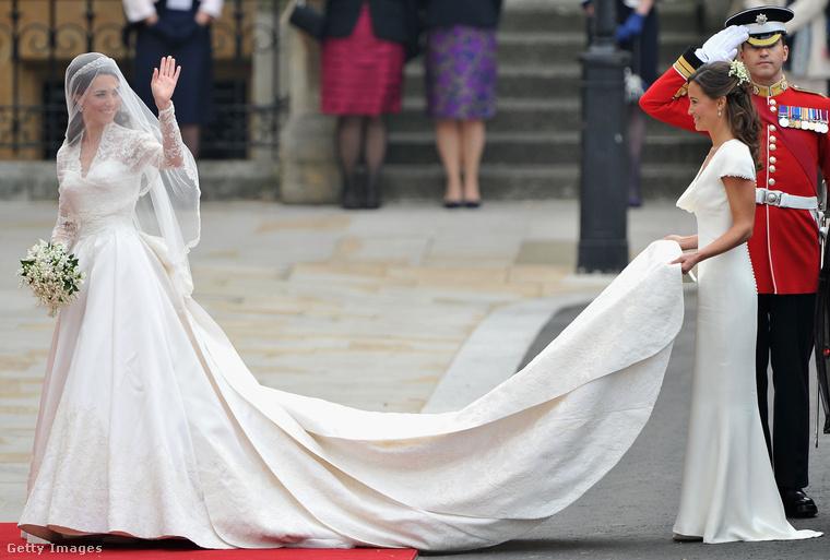 És itt kezdődik ennek a lapozgatónak az utolsó fejezete Vilmos herceg és az akkor még Kate Middletonként ismert Katalin hercegné 2011