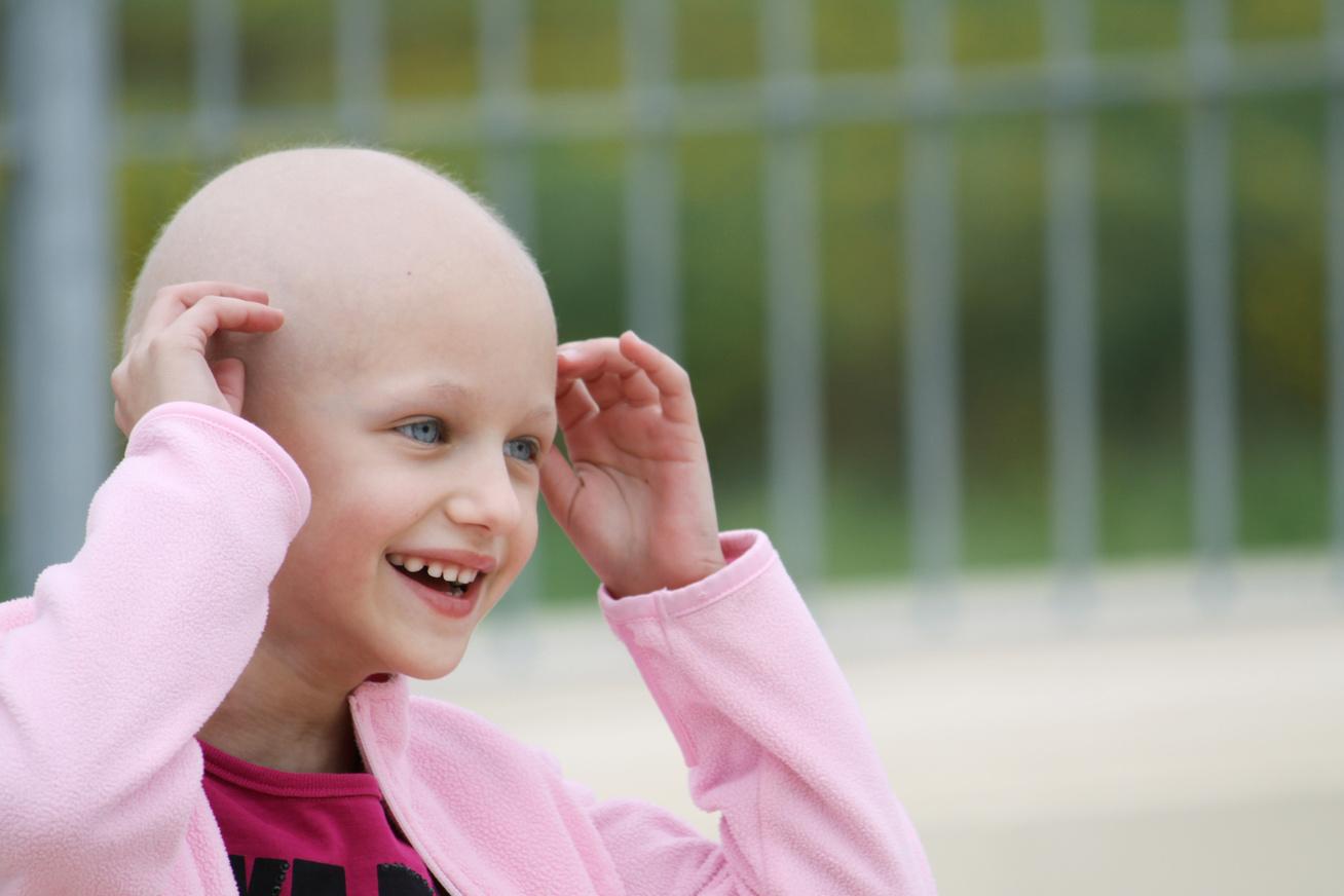 rakos-gyerek-kislany-daganatos