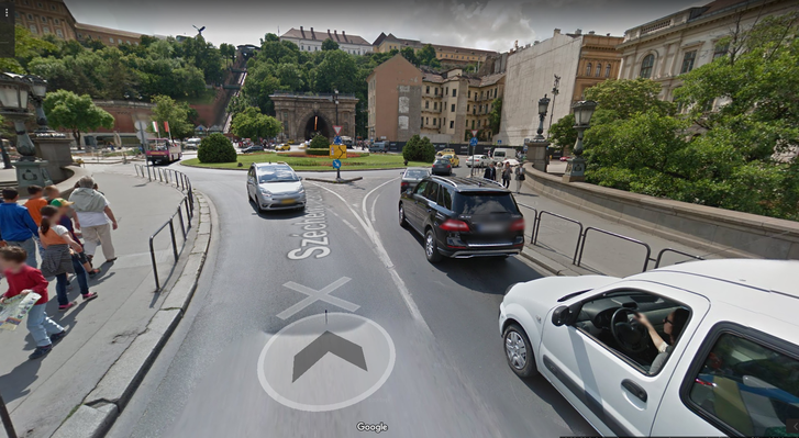 budapest street view.png