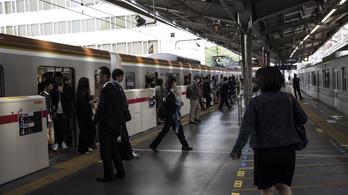 Megbocsáthatatlan bűnt követett el egy japán vasúttársaság