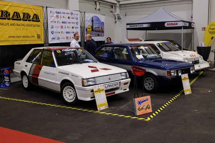 Egy igazán érdekes stand: Lancer Turbo, Talbot Lotus, MG Metro 6R4 - mind raliautó