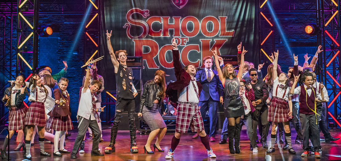 School-Of-Rock-27-10-16-New-London-5450 RT CROP